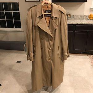 Burberry vintage tench coat